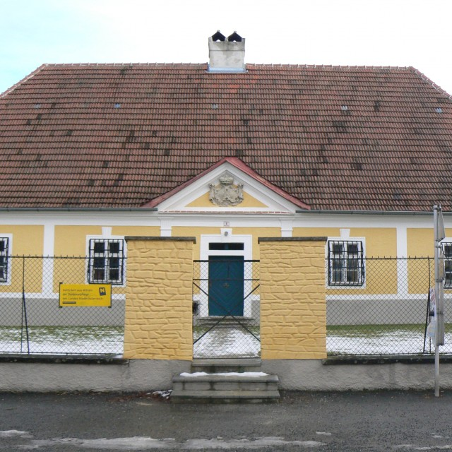 Pleißing, Presbytery