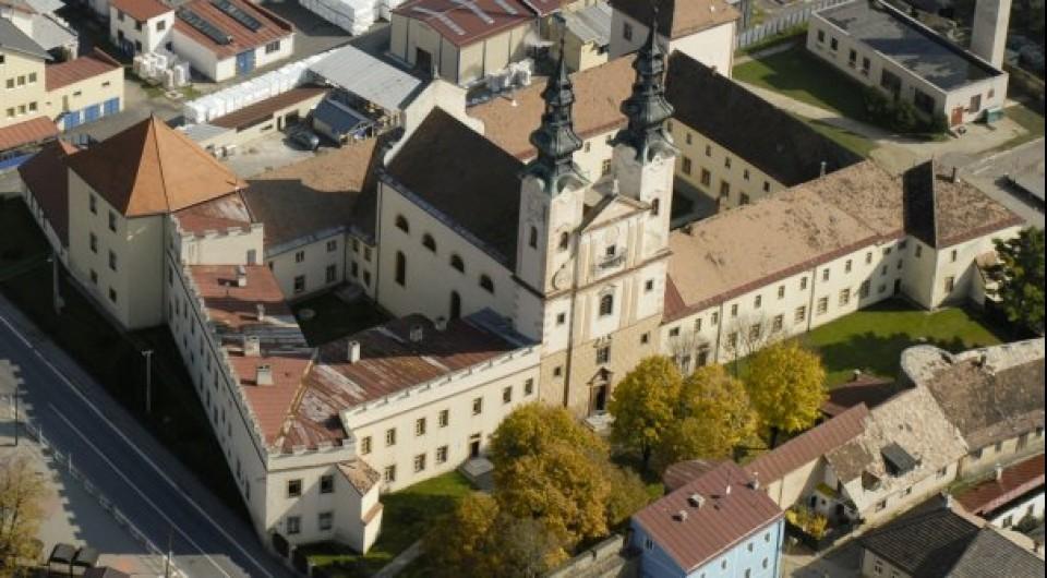 Kláštor redemptoristov, Podolínec; zdroj: www.mistapametinaroda.cz